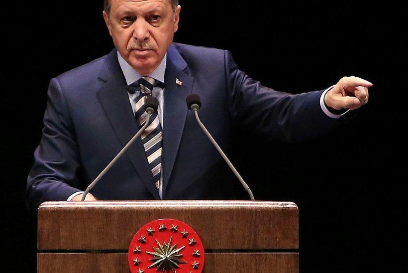 Türgi kaalub riigipöörajate karistamiseks surmanuhtluse taastamist