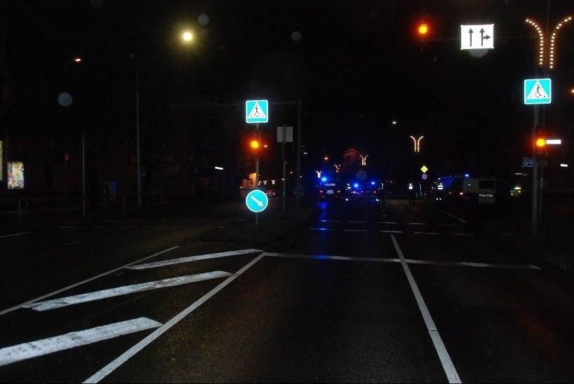 Kohus: jalakäija surmaga lõppenud politseibussiõnnetust tuleb edasi uurida