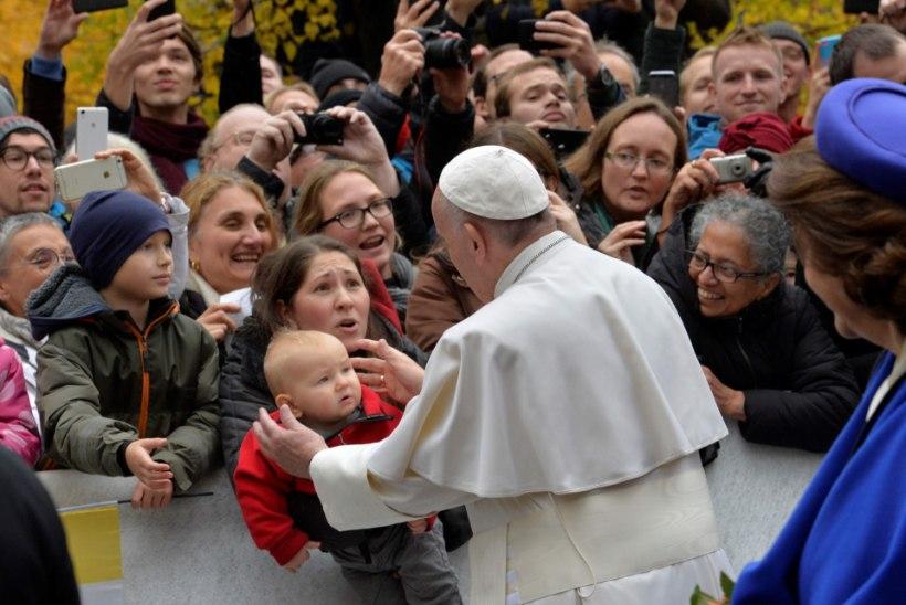 Paavst tervitas Rootsis luterlasi