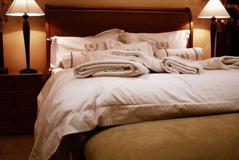 6 olulist nippi, kuidas magamistuba heaks uneks ette valmistada!