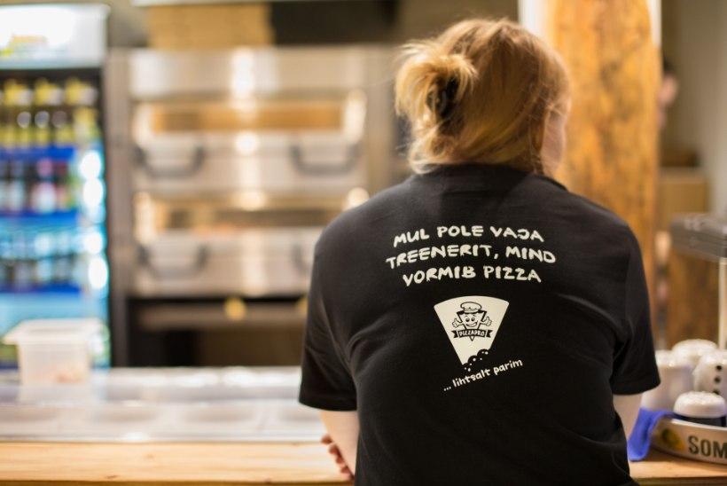 Miks serveerida restoranis pitsa pappkarpi?