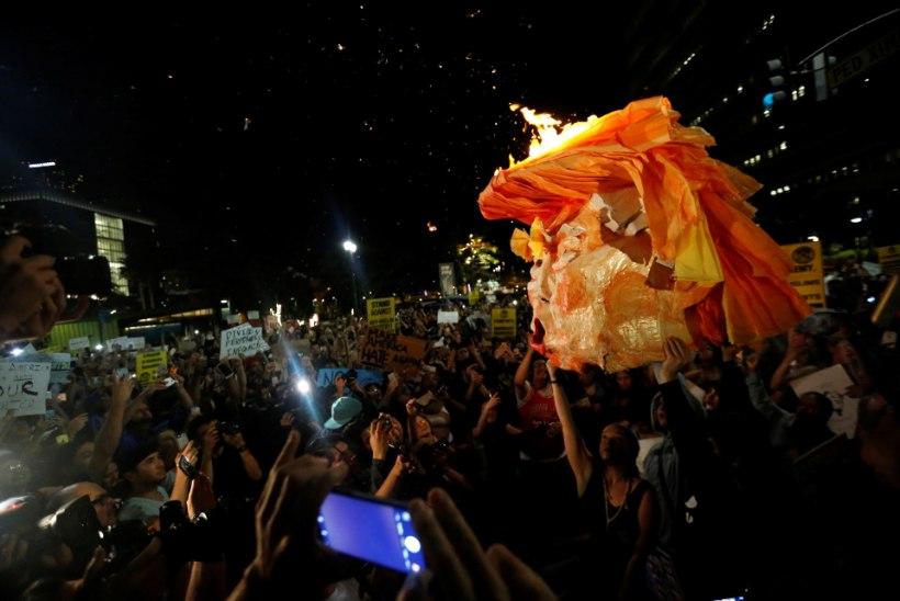 VIDEO | KAOS USAs: tuhanded ameeriklased protestivad Trumpi vastu, ummistades tänavaid ja sõiduteid