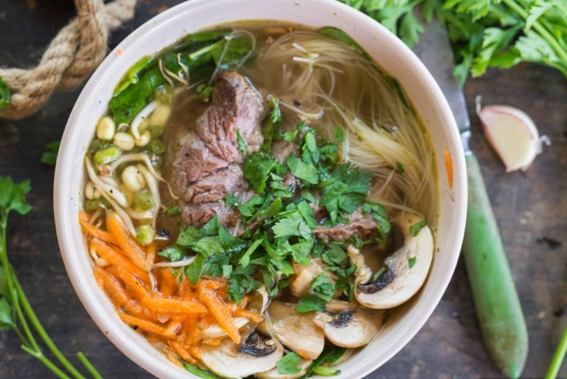 RETSEPT |  Vietnami lihasupp ehk pho bo