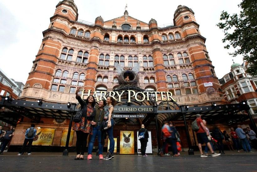 """""""Harry Potter ja neetud laps"""" tunnistati parimaks näidendiks"""
