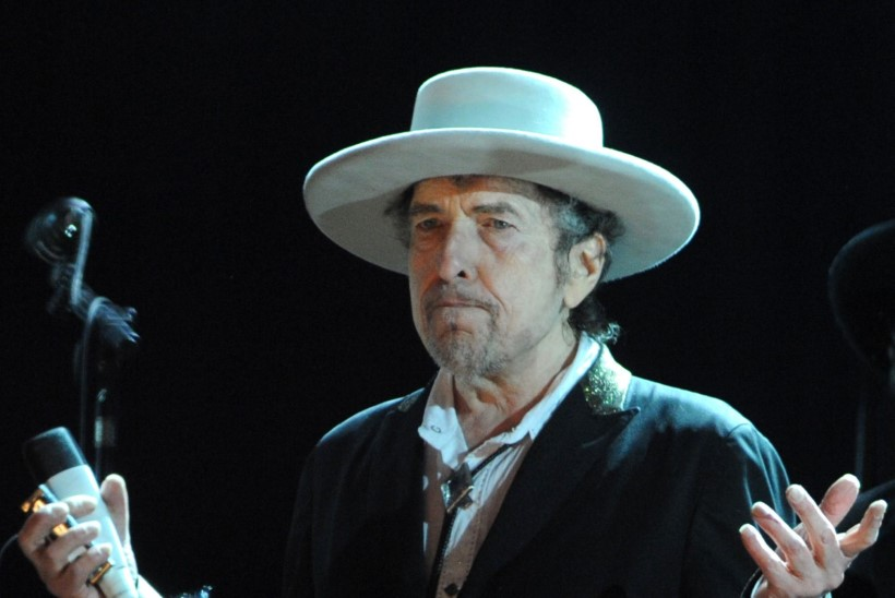Bob Dylan ei sõida Nobeli auhinda vastu võtma