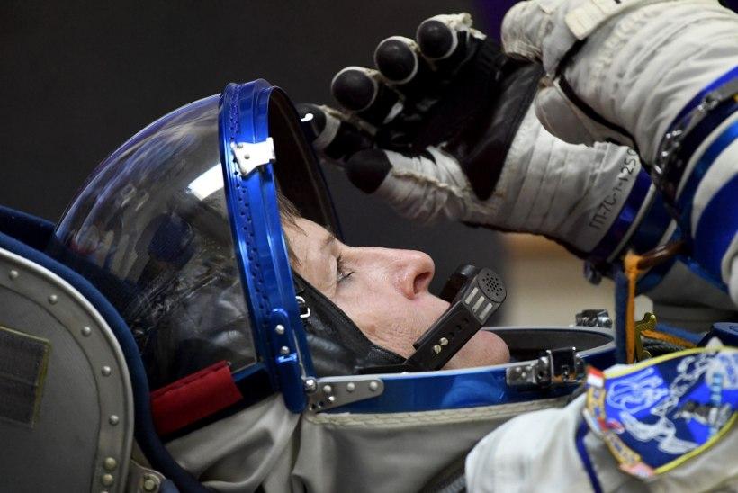 Kosmosesse lendas maailma vanim naisastronaut