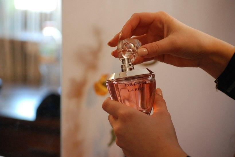 PÄEVA NIPP / Kuidas poes ÕIGESTI parfüümi testida?