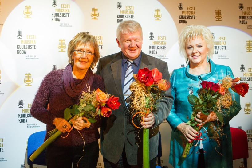 GALERII   Anne Veski, Reet Linna ja Olavi Pihlamägi rääkisid kuulsuste kohtumisõhtul, mis tunne on olla prožektorisäras