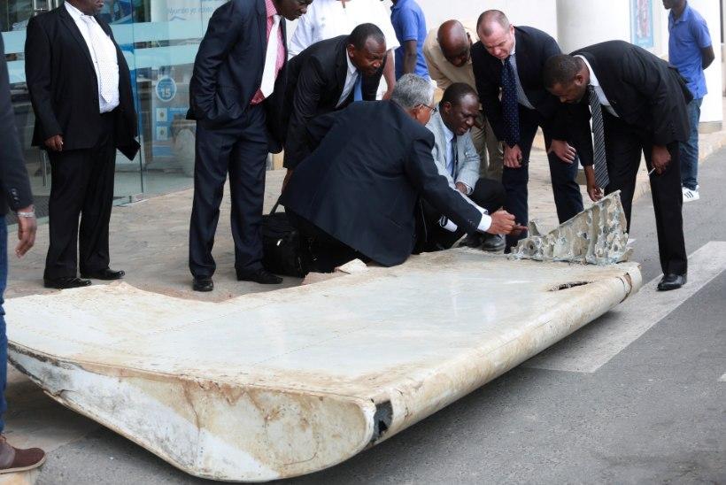 """Raport: Lend MH370 tegi """"kiire laskumise"""""""