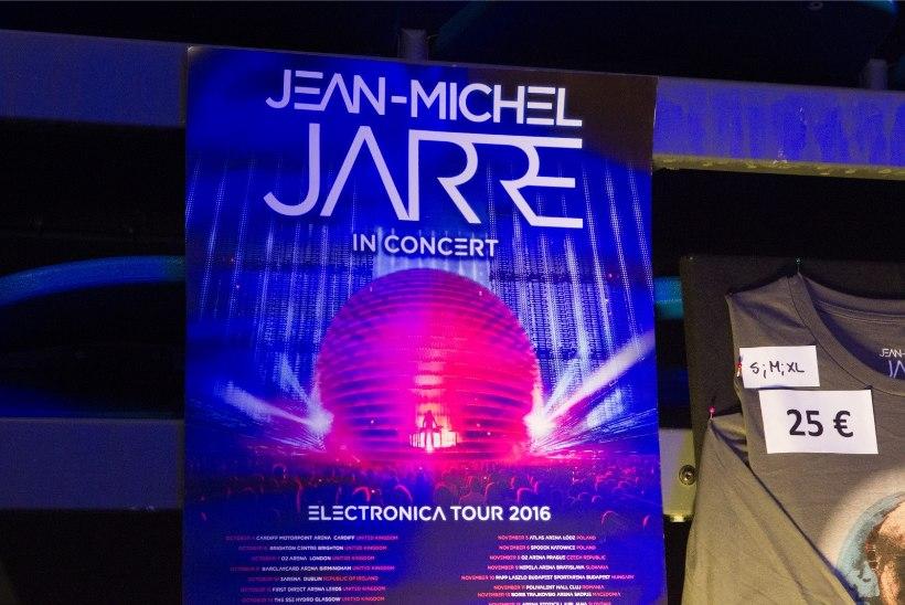 GALERII | USKUMATU ŠÕU: Jean-Michel Jarre'i kontsert võttis silme eest kirjuks