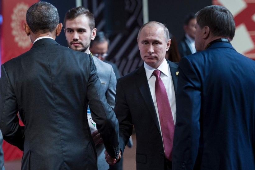 FOTOD | PIINLIK! Obama ja Putin kätlesid kohmetult ega vaadanud teineteisele silmagi