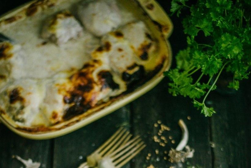 RETSEPT   Küüslaugu-parmesani ahjukana sinepise kartulipudruga