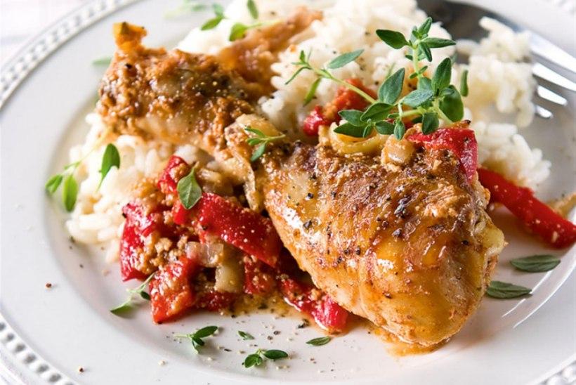 Kana sibula ja paprikaga