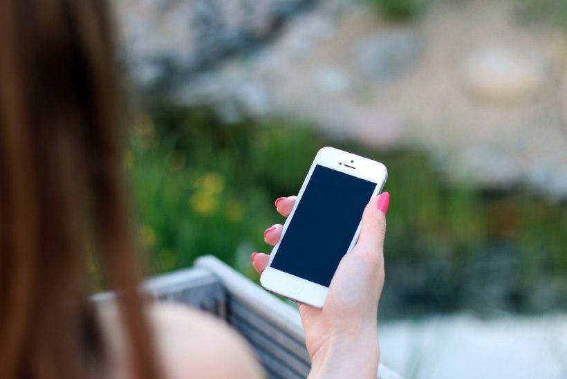 UNEHÄIRED? Uuringud tõestasid, et telefon hoiab meid ärkvel seda ka otseselt kasutamata!