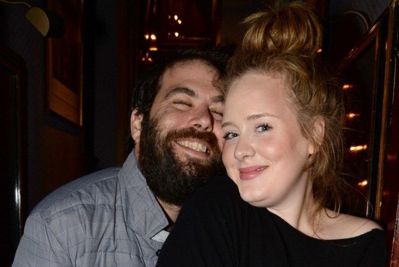 Kas Adele hakkab kauase elukaaslasega abielluma?