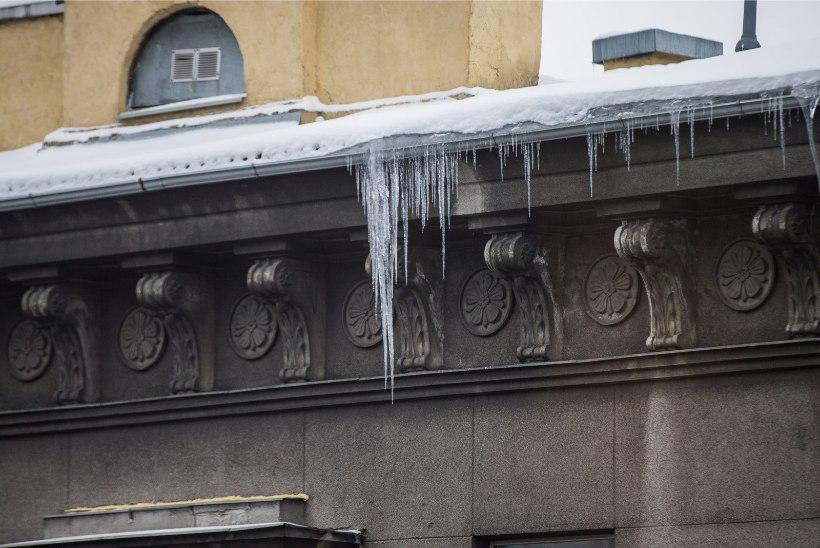 Katustel kosuvad juba ohtlikud jääpurikad. Mupo: väljakutsete arv on meeletult kasvanud