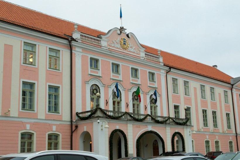 GALERII   EKRE soovil arutati riigikogus küsimust Rail Balticust