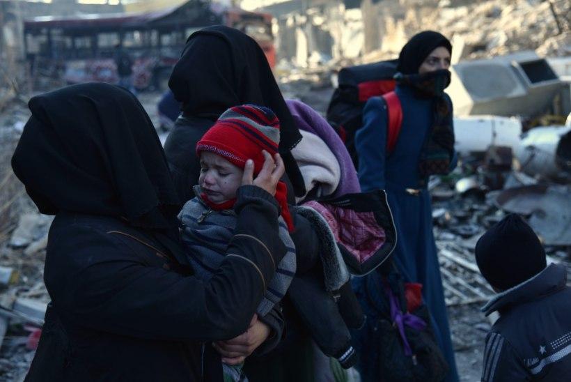 """Twitterisse postitava Aleppo tüdruku ema: """"Maailm, miks sa vaikid?"""""""