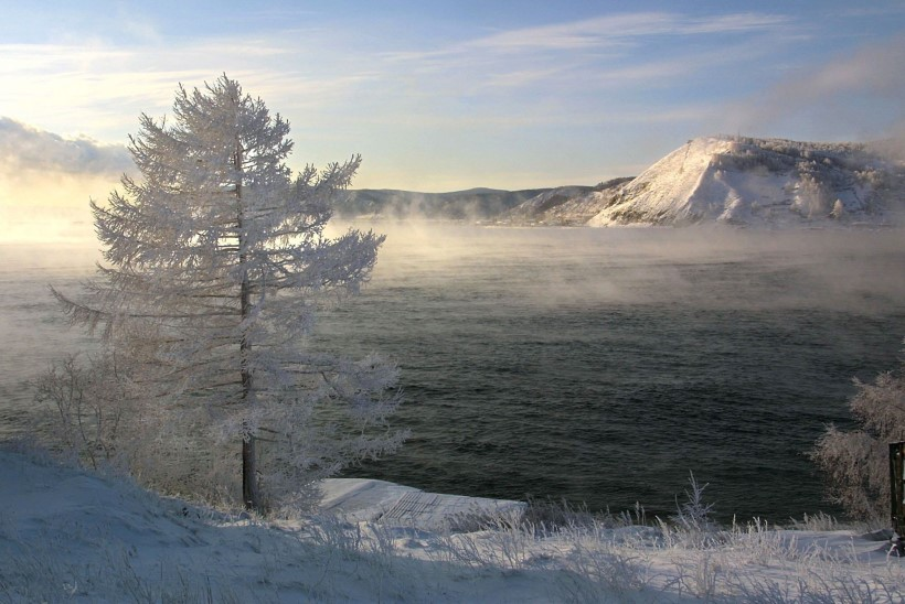 Irkutski metanoolijoomise ohvrite arv on tõusnud 55ni, leiti põrandaalused vabrikud