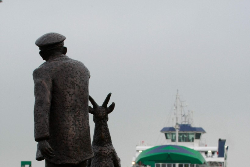 Leigri esimene reis: kelmikas kitsepiiga Evelin vaatas laeva üle