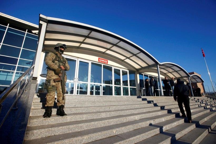Türgis algas kohus riigipöördekatses süüdistatavate üle