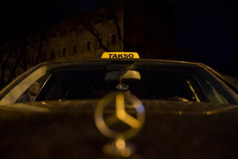 Taxify ja Uber kavandavad uusaastaööks hinnatõusu
