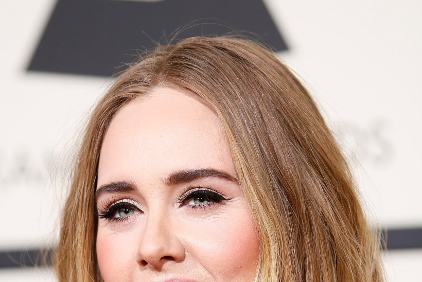 Kas Adele on salaja abiellunud?!