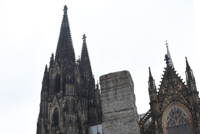 Seksirünnakuid kartev Köln toob uusaastapidustusteks tänavatele 1500 politseinikku