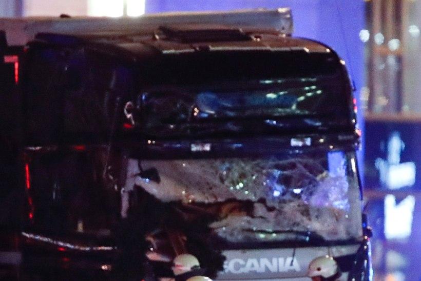Berliini jõuluturgu ramminud autol hakkas tööle automaatne pidurdussüsteem