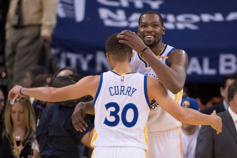 Steve Kerr: Otsime oma parimat rünnakut, Curry on Duranti huvides veidi tagasi tõmmanud