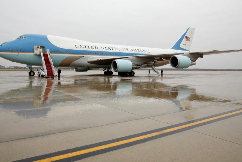 Trump tahab lennukitootjale ust näidata: uus Air Force One on liiga kallis!