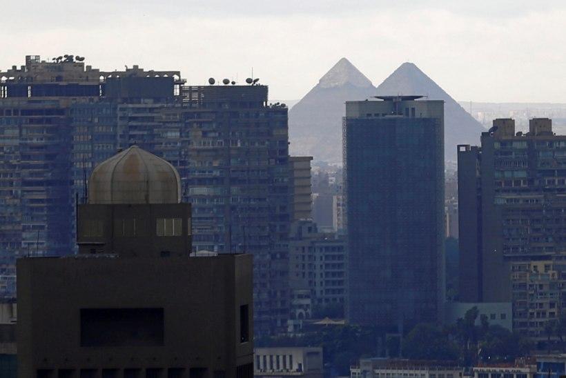 Giza püramiidide lähistel plahvatas pomm, hukkus kuus inimest
