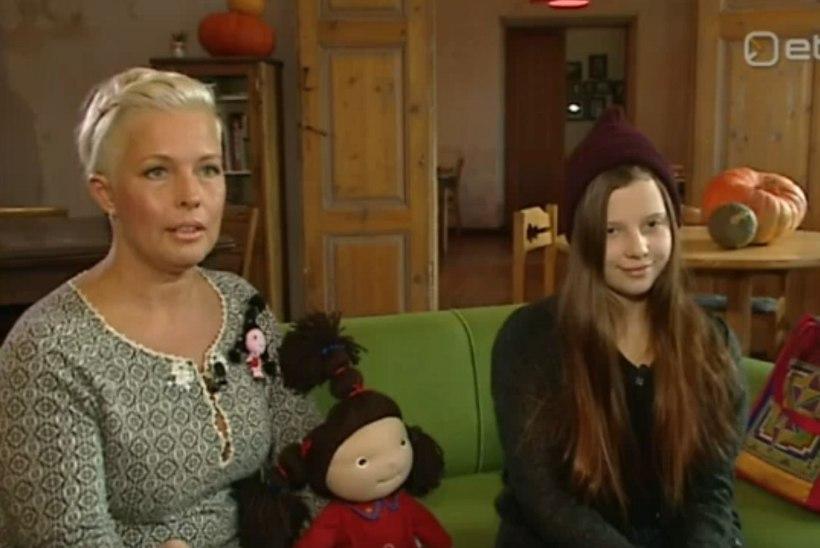 """Kadri Keiu Ilves õpetab vennale eesti keelt: """"Ma laulsin talle unelaule."""""""