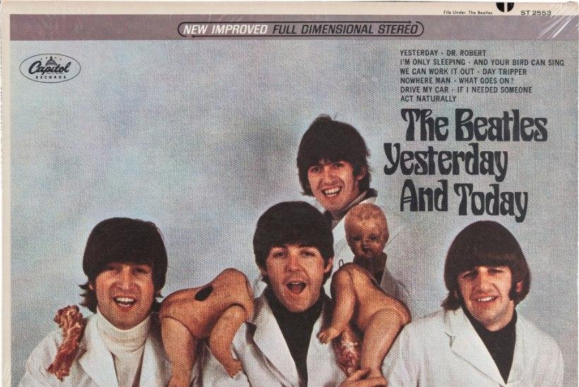 FOTOD   BIITLITE FÄNNIDELE : USAs läheb oksjonile John Lennoni juuksesalk