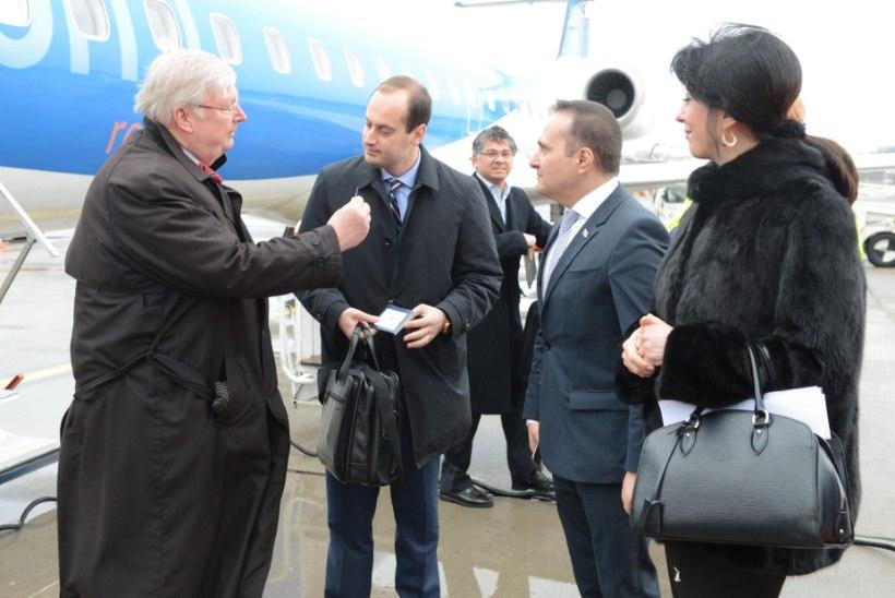 GALERII | Välisminister Kaljurand kohtus Gruusia ametivennaga