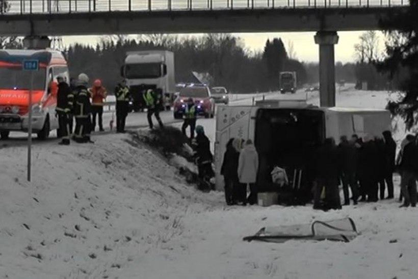 Reisijad said järjekordses bussiõnnetuses kannatada