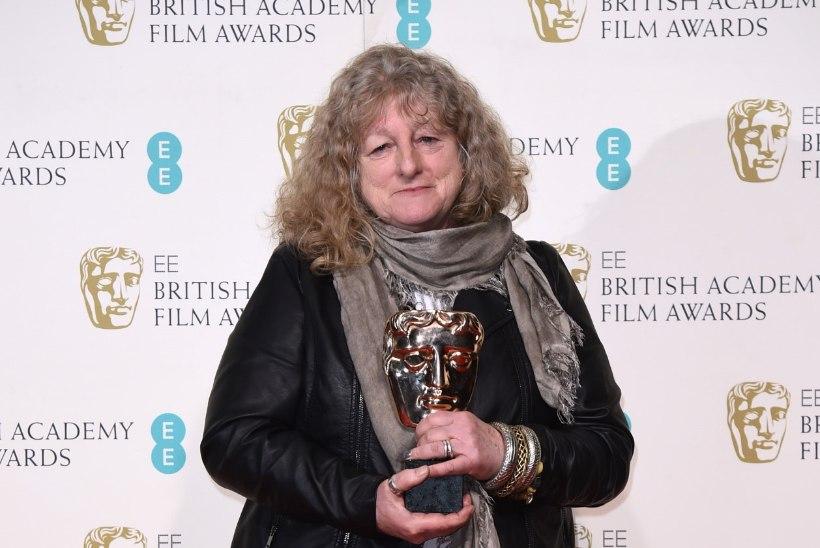 Miks kustutas BAFTA õhtujuht Stephen Fry pärast galat oma Twitteri konto?!