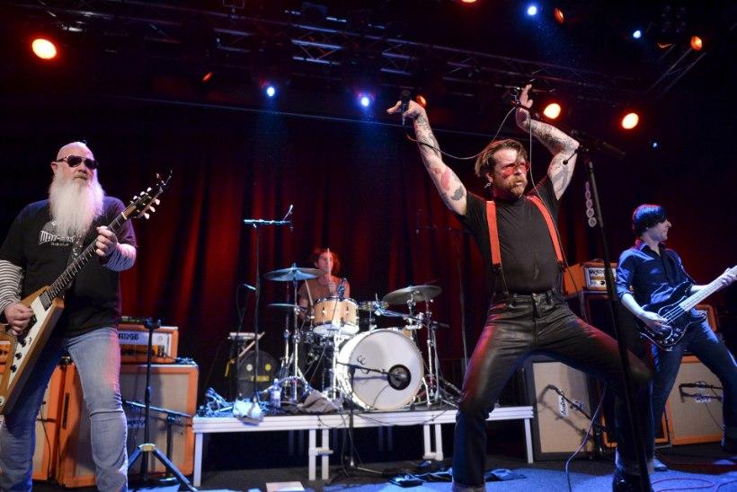 Eagles of Death Metal esineb pärast veresauna taas Pariisis