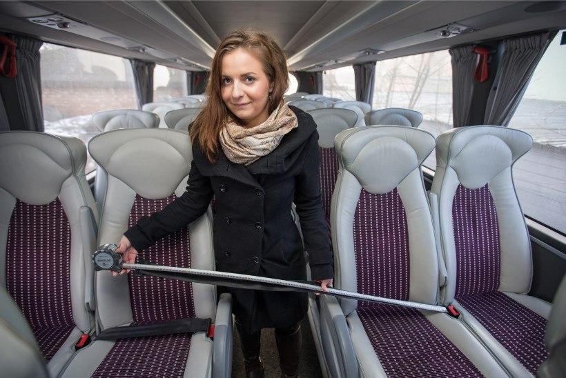 Kui pikad on busside turvavööd?