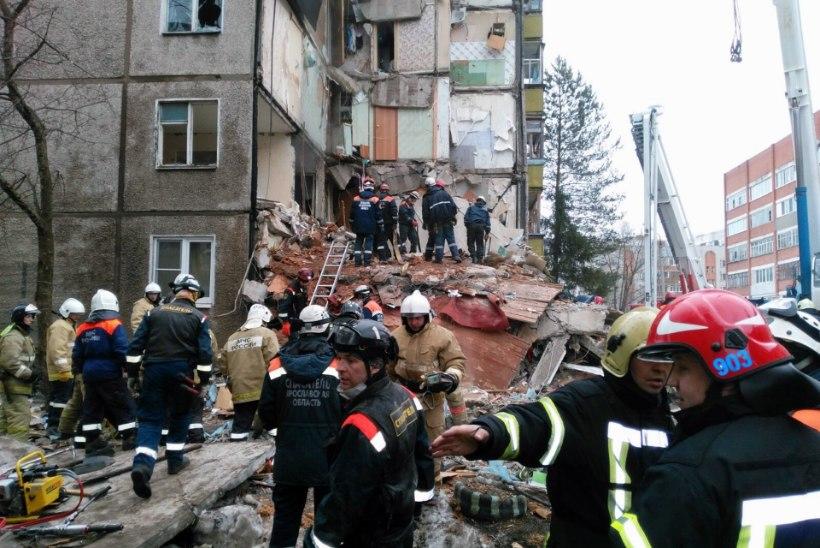 FOTOD | Jaroslavli kortermajas plahvatas gaas, surma sai vähemalt neli inimest