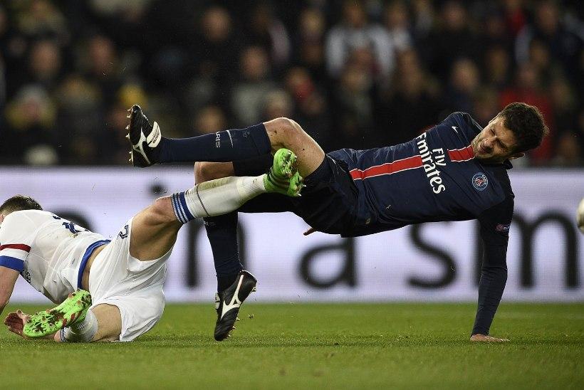 GALERII | Vahetusmees Cavani lõpetas Guus Hiddinku rõõmsa seeria