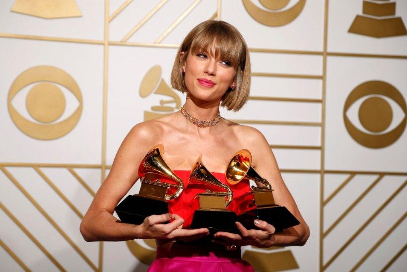 MEGAGALERII   Muusikute koorekiht suurejoonelisel Grammy auhindade galal