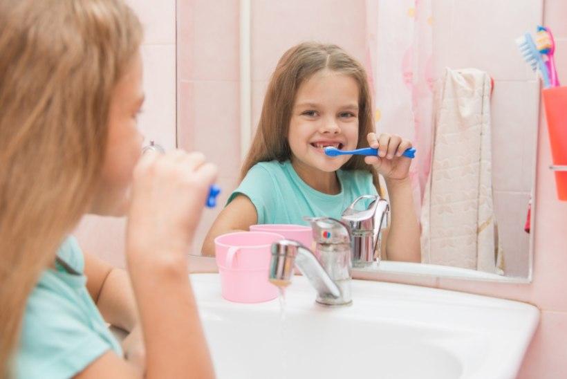 Neli viga, mida hammaste harjamisel vältida