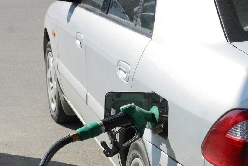 HINNAPIDU KÜTUSETURUL: tõenäoliselt jääb kütuse hind ka tänavu alla ühe euro liitri kohta