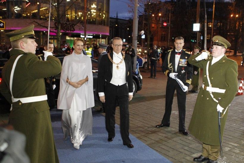 FOTOD | Presidendipaar saabus Estonia kontserdimajja