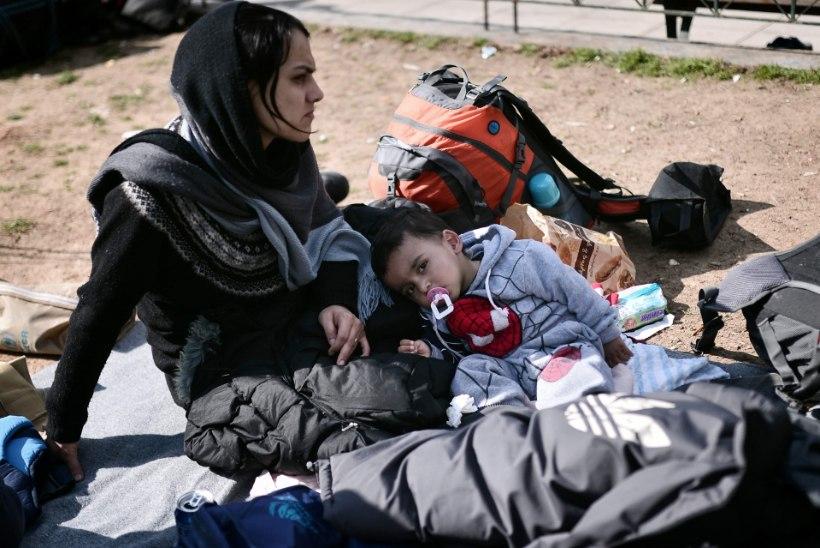 Kreeka üritab piirata põgenikuvoolu saartelt Ateenasse