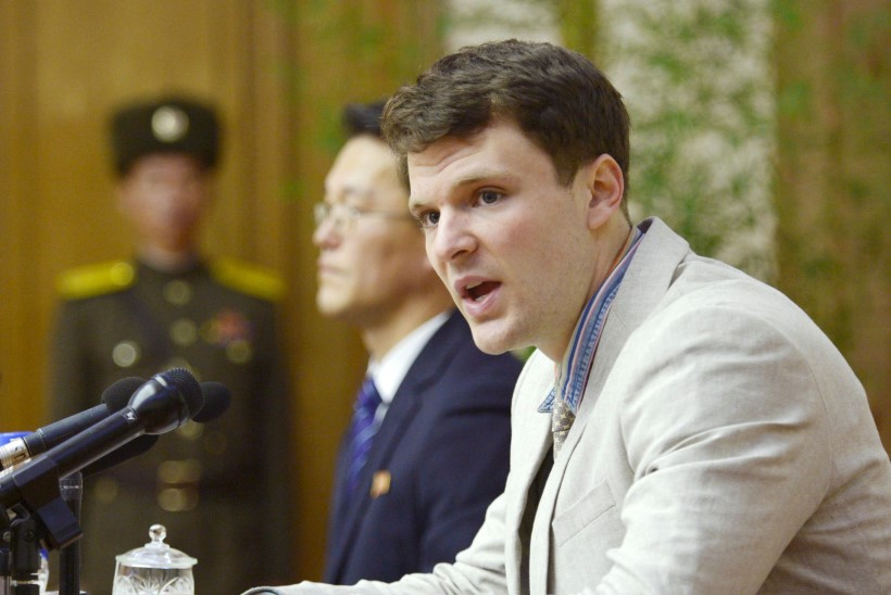 FOTOD | Põhja-Korea näitas arreteeritud USA tudengit