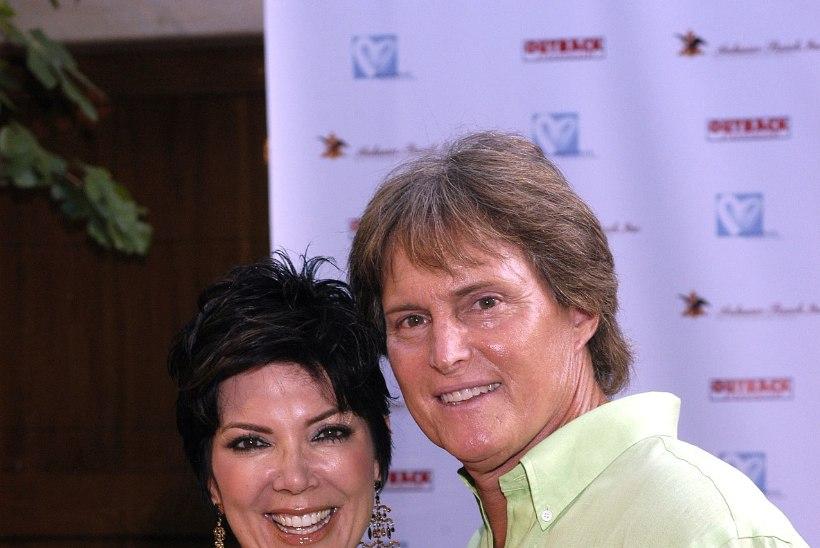 Armunud Bruce Jenner lasi oma naiserinnad eemaldada