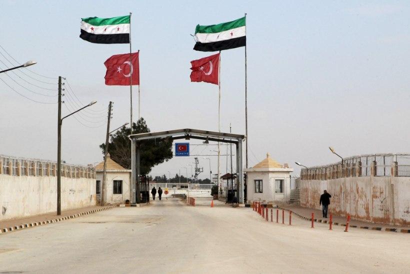 Süüria põgenikud ummistavad Türgi piiripunkti