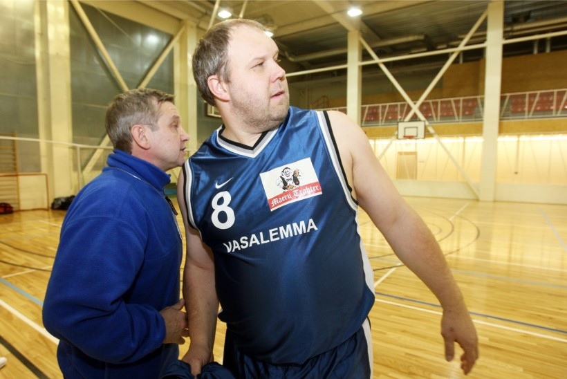 EOK presidendiks pürgiv Võrno Postimehe sporditoimetuse juhile: sul on õigus olla vulgaarne ja matslik, kuid äraostetav ja korrumpeerunud kindlasti mitte